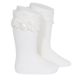 Lace trim knee socks with bow CREAM