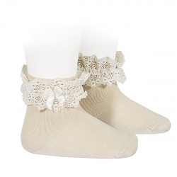 Lace trim short socks with bow LINEN