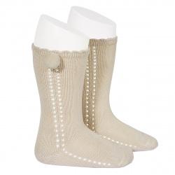 Calcetines altos perlé calado con pompón lateral LINO