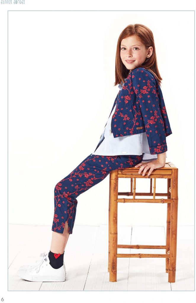 https://www.condor.es/wp-content/uploads/2016/09/Clothing_catalogue-8-662x1024.jpg