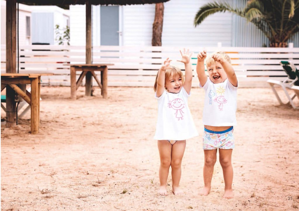 https://www.condor.es/wp-content/uploads/2017/10/Catalogo_moda_bano_swimwear_infantil_Página_12_2-1024x723.jpg